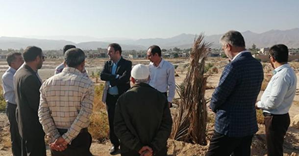 بازدید شهردار و رییس شورای اسلامی شهر لار از پارک در حال احداث سرداران