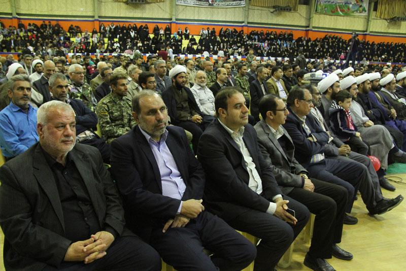 شهردار لار در حاشیه ویژه برنامه شکوه مقاومت: تمامی برنامه هایی که در امنیت عمومی داخل کشور برگزار می شود به برکت خون شهداست
