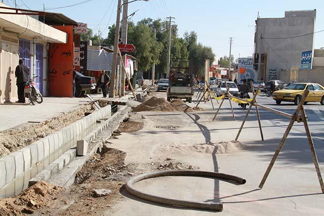 کانال قدیم دفع آبهای سطحی خیابان کارگر دیگرجوابگو نیست/ کانال جدید با پیشرفت 40 درصد درحال اجراست