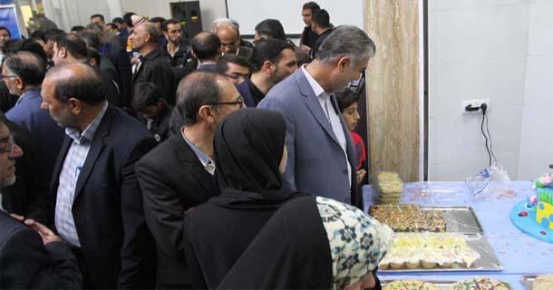 با حضور شهردار لار و مسولین ؛ بازارچه فجر لارستان افتتاح شد