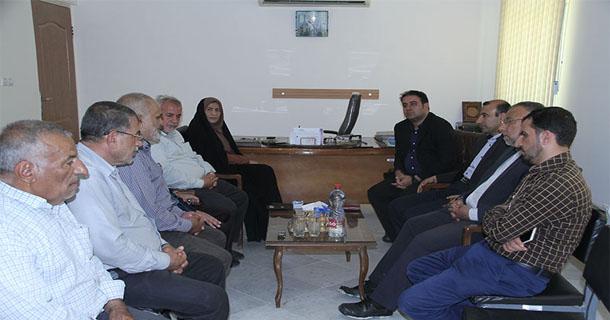 بازدید مدیران شهری لار از دفتر شورای نگهبان لارستان