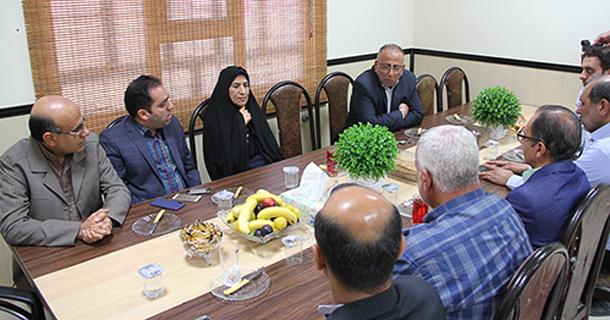 رئیس شورای اسلامی شهر لار در دیدار با بخشدار مرکزی لارستان: شهرداری و شورا با تعامل و اتحاد، درخواستهای بحق مردم را به جد پیگیری می کنند