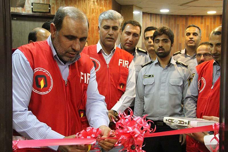 رییس شورای اسلامی شهر لار در دیدار با آتش نشانان: هر جایی که اسمی از آتش نشان باشد با افتخار این نام مقدس بر زبانها  جاری می شود
